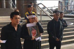 Hai người Anh ra tòa vì cưỡng bức, giết một phụ nữ Việt