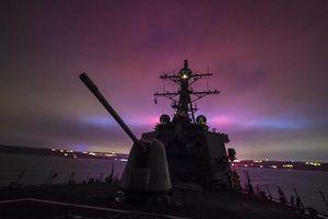 Tàu chiến Mỹ vào biển Đen, gửi thông điệp đến Nga