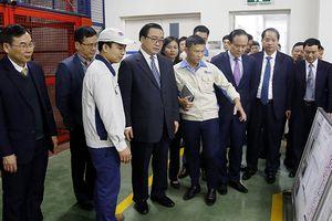 Bí thư Thành ủy Hà Nội chúc Tết, động viên doanh nhân, người lao động