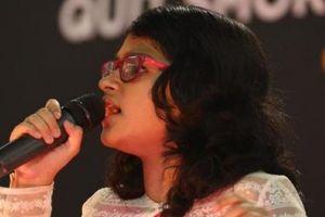 Ấn Độ: 12 tuổi, hát 102 thứ tiếng trong suốt 6 giờ