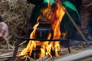 Độc đáo Lễ hội thổi cơm thi làng Thị Cấm