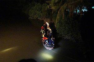 Thương tâm 2 chị em gái chết đuối trong lúc tắm sông