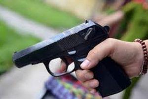 Truy bắt 2 đối tượng dùng súng bắn người ở Nha Trang
