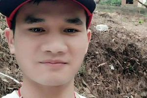 Nam thanh niên 'sợ người' trốn vào rừng sâu
