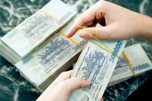 Nhiều người 'sập bẫy' vì đổi tiền giả lấy tiền thật
