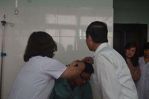 Chống nạn bạo hành nhân viên y tế: Cần cả cộng đồng chung tay, vào cuộc