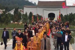 Biển người chen chân về dự lễ khai hội Xuân Yên Tử 2018