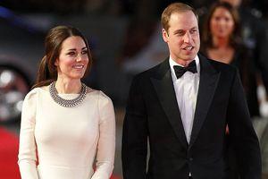 Những khoảnh khắc tuyệt đẹp của gia đình Hoàng gia Anh trên thảm đỏ