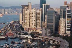 Hồng Kông lúng túng vì ngân sách thặng dư quá lớn