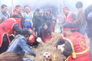 Độc đáo hội thi thổi cơm làng Thị Cấm