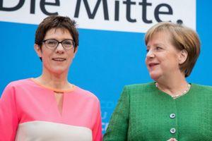 Những chính trị gia nữ sát cánh bên Thủ tướng Angela Merkel