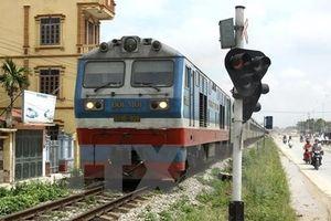Ngành đường sắt xử lý chủ thể gây ra sự cố 2 tàu hỏa suýt tông nhau
