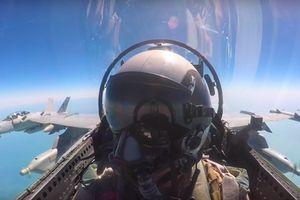 Phi công Mỹ bỏng lạnh vì khoang lái EA-18G đóng băng