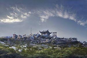 Đầu Xuân, viếng những ngôi chùa 'độc' từ Nam chí Bắc