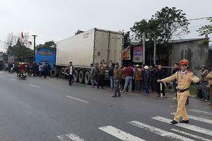 Hà Tĩnh: Xe khách va chạm container, 1 người tử vong