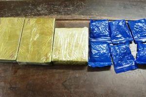 Hải quan Nghệ An bắt đối tượng tàng trữ 3 bánh heroin