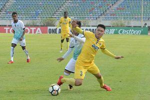 Bùi Tiến Dũng phạm sai lầm, FLC Thanh Hóa thua đau Yangon United