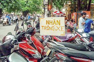 Hà Nội: Sau Tết lại 'loạn' giá trông giữ xe