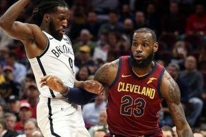 NBA 2017-18, Brooklyn 123-129 Cleveland: Lebron James lập kỉ lục vô tiền khoáng hậu