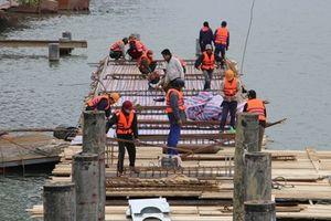 Chi tiền 'khủng' làm đường lát gỗ lim ven sông Hương, nhiều chuyên gia lo ngại