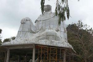 Tháo dỡ tượng Bà Chúa Xứ thứ 2 trên đỉnh núi Sam