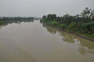Quảng Ninh: Đắm tàu chở hàng, 2 mẹ con tử vong