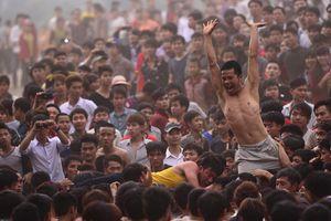 Bộ Văn hóa đề nghị chấn chỉnh cảnh bạo lực ở lễ hội Phết Hiền Quan