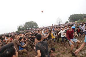 Trai làng trèo lên nhau cướp phết tại Phú Thọ