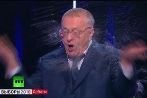 Tranh cãi gay gắt, ứng viên Tổng thống Nga tạt nước vào mặt nhau