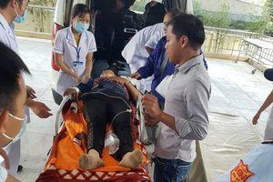 Vụ xe khách lao xuống vực: 9 người bị chấn thương rất phức tạp