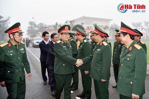 Bộ trưởng Bộ Quốc phòng Ngô Xuân Lịch thăm và làm việc tại Hà Tĩnh