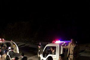 Kon Tum: Xe khách lao xuống vực, tài xế tử vong, 19 hành khách bị thương