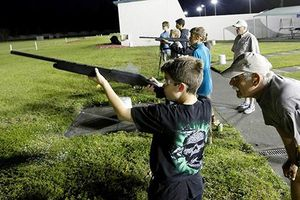 Các trường bắn vẫn nhan nhản giữa tranh cãi kiểm soát súng đạn tại Mỹ