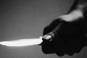 Đứng ngoài hùa bạn gái đánh nhau, nam thanh niên bị đâm trọng thương