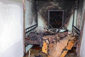 Bắt giam gã con rể phóng hỏa đốt nhà vì ghen với cha vợ