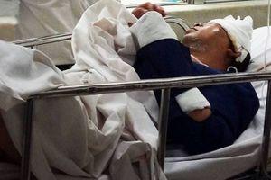 Lâm Đồng: Chơi nhạc ở đám cưới về, thầy giáo bị chém trọng thương