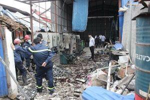 Hai công nhân bỏng nặng do nổ bình khí nitơ
