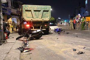 Tạm giữ tài xế xe ben lùa hàng loạt xe máy ở Gò Vấp