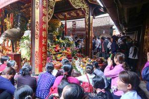 Lễ hội Đền Trần Nam Định: Sẽ 'phạt nguội' hành vi phản cảm
