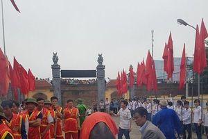 Khai hội chọi trâu cổ xưa bậc nhất Việt Nam: Một chủ trâu bị phạt 1 triệu đồng