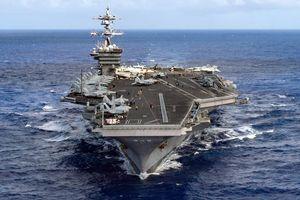 Cận cảnh uy lực siêu tàu sân bay Mỹ sắp đến Đà Nẵng