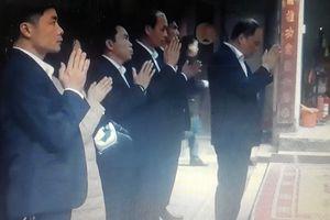 Giám đốc điện lực đi lễ đền Trần trong giờ hành chính mất chức