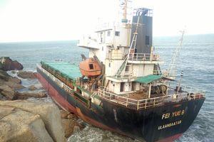 Tàu Mông Cổ và tàu Campuchia chìm ở Quy Nhơn sắp được hóa giá