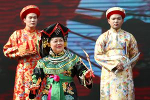 Lào Cai: Trình diễn thực hành nghi thức thực hành tín ngưỡng thờ Mẫu trước hàng ngàn du khách
