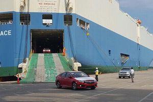 Nhập khẩu ô tô về Việt Nam vẫn èo uột