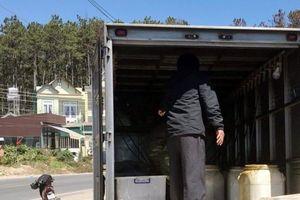 Ngủ trong xe tải đông lạnh, 1 người tử vong, 1 người hôn mê sâu: Gia đình người xấu số từ chối khám nghiệm