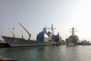 Ngắm tàu sân bay USS Carl Vinson đang ghé thăm Việt Nam Đà Nẵng