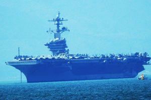 Tàu sân bay Hoa Kỳ đã cập cảng Đà Nẵng