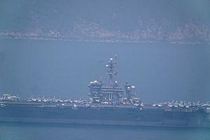 Hình ảnh đầu tiên siêu tàu sân bay USS Carl Vinson đến Đà Nẵng