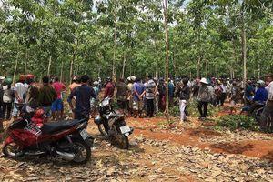 Đã xác định nghi can sát hại dã man 2 bố con trong rừng
